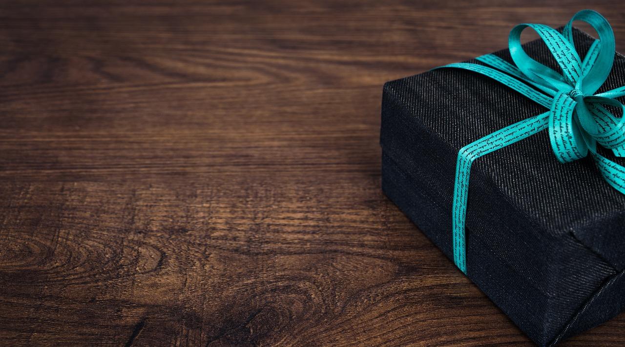 Оригинальные подарки мужчинам: 10 идей что подарить мужчине